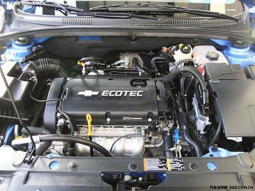 科鲁兹发动机-13万家用轿车 翼神 科鲁兹 福克斯对比高清图片